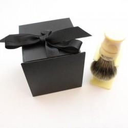 Pure Badger Brush and Stand in Gift Box