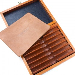 Thiers Issard Deluxe Beech Box For Seven Razors With Clasp - Slight Second