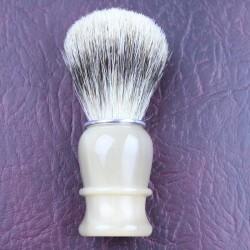 TI Silvertip Badger Blonde Horn Shave Brush