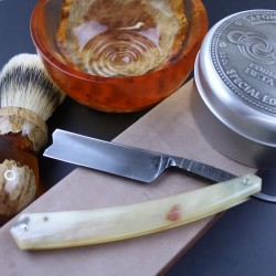 Thiers-Issard Damascus Razor In Rams Horn